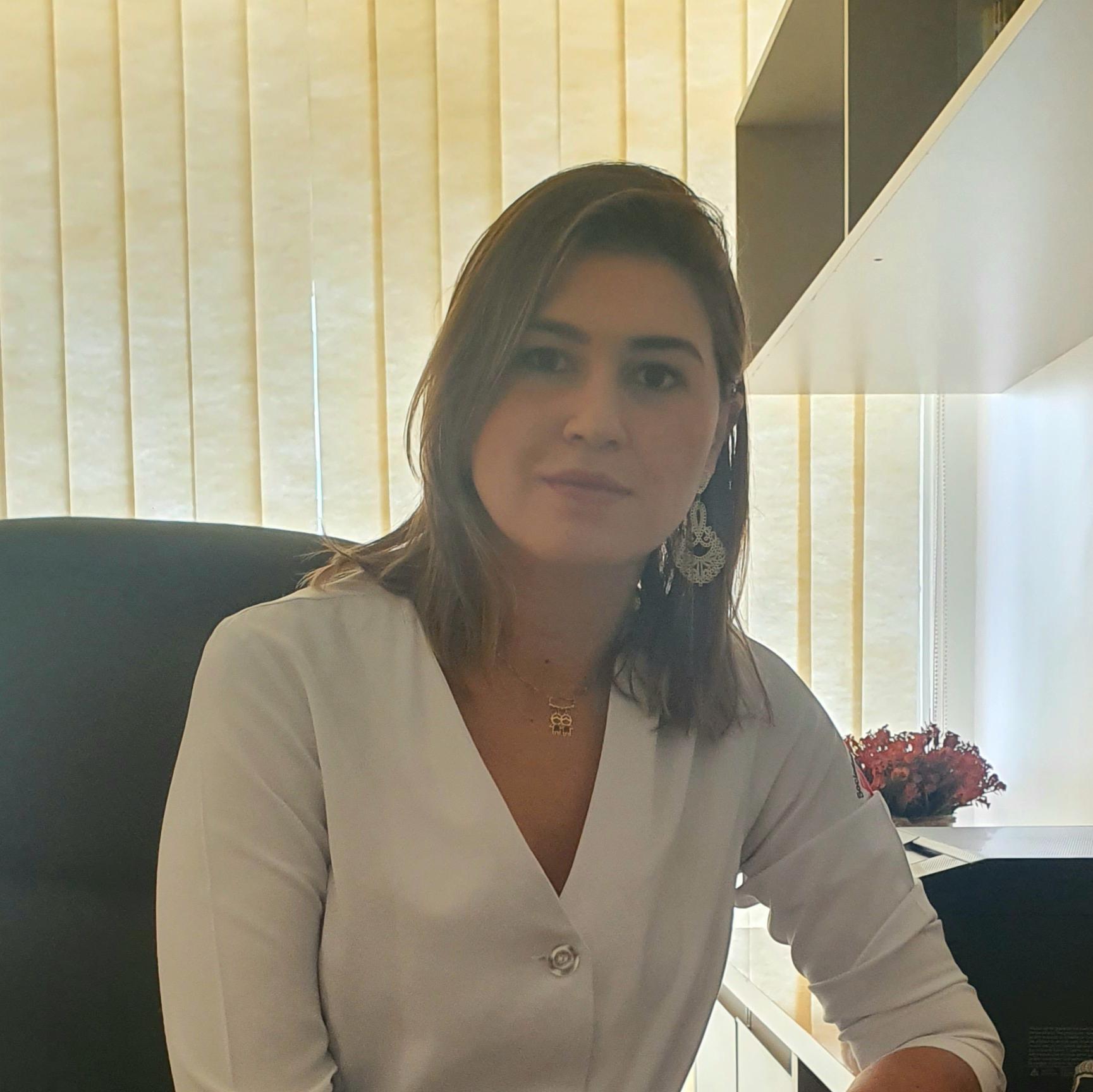 Valeria Dantas de Oliveria